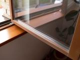Montáž okapnice na dřevěné okno